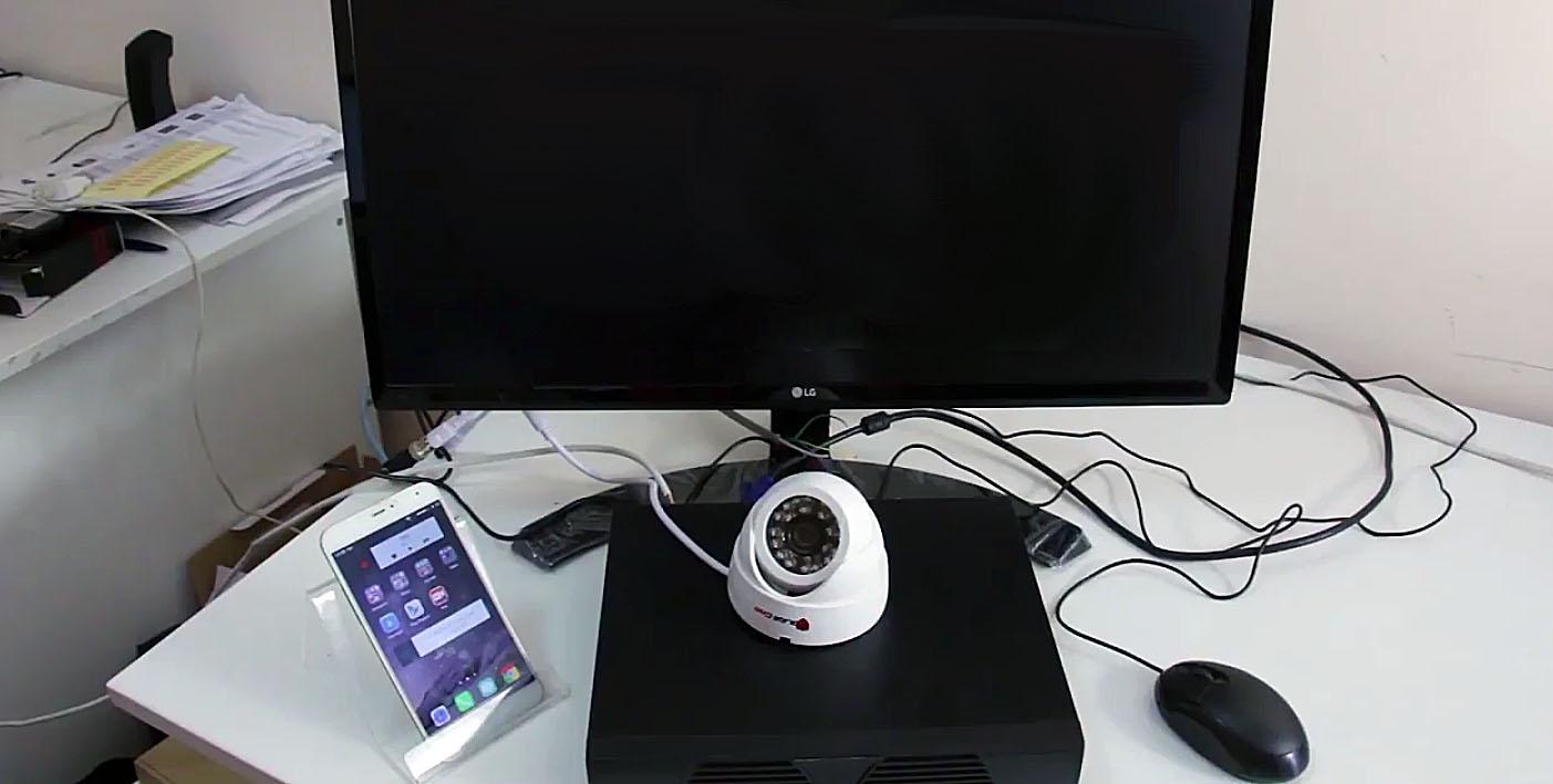 Монитор и веб-камера